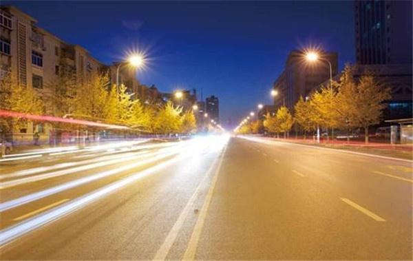 道路照明.jpg